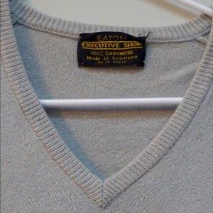 Vintage 100% cashmere vneck sweater from Eaton